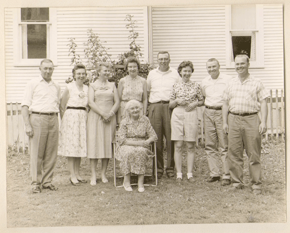 Daniel F. Guers' wife (Gertrude) and children (James, Mary, Elsie, Frances, Howard, Gertrude, Daniel W., William)